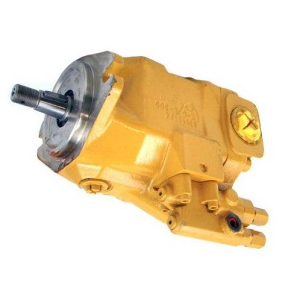 Hyundai 330LC Hydraulic Final Drive Motor #1 image