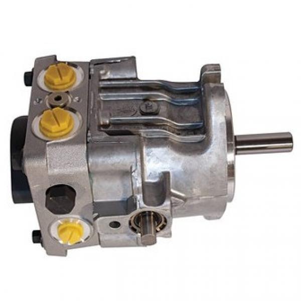 Kayaba MAG-18VP-230E-2 Hydraulic Final Drive Motor #1 image